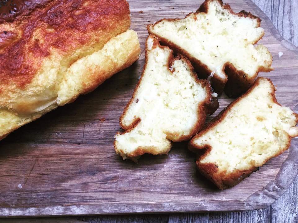 Gluten/ heve og eltefritt parmesanbrød
